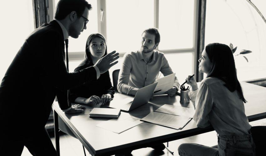 Wie funktioniert Risikomanagement bei kleinen Unternehmen?
